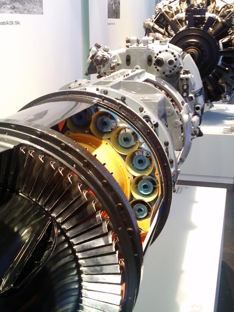 O Mundo e o Museu da BMW CAM01089_zps4392558d