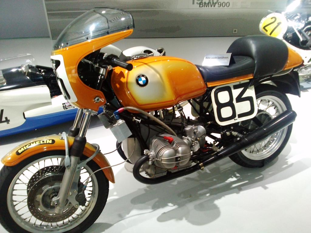 O Mundo e o Museu da BMW CAM01117_zps3df8ab1d