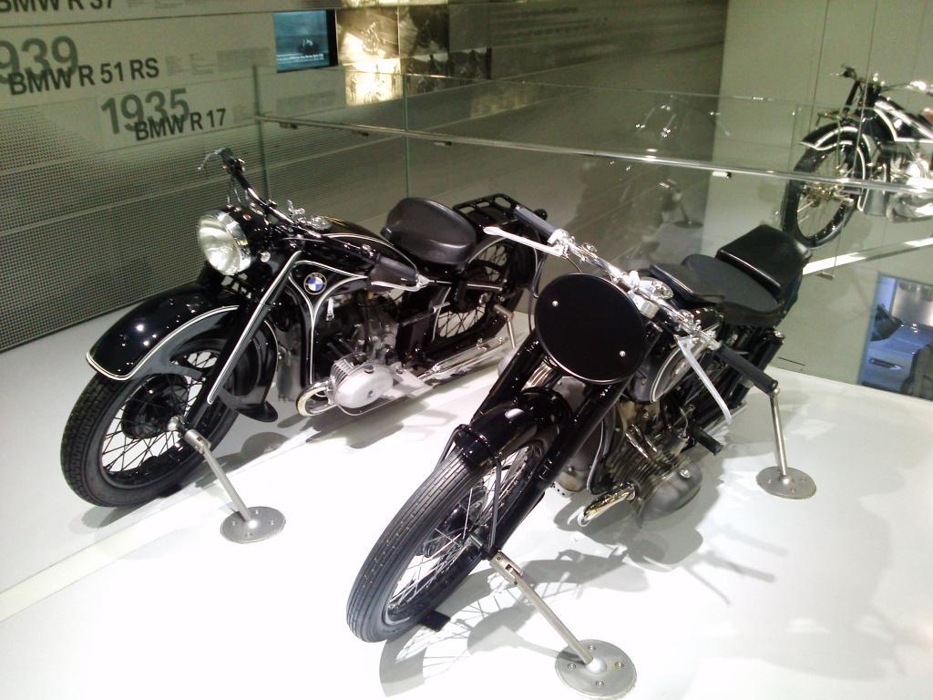 O Mundo e o Museu da BMW CAM01118_zps0578a8db