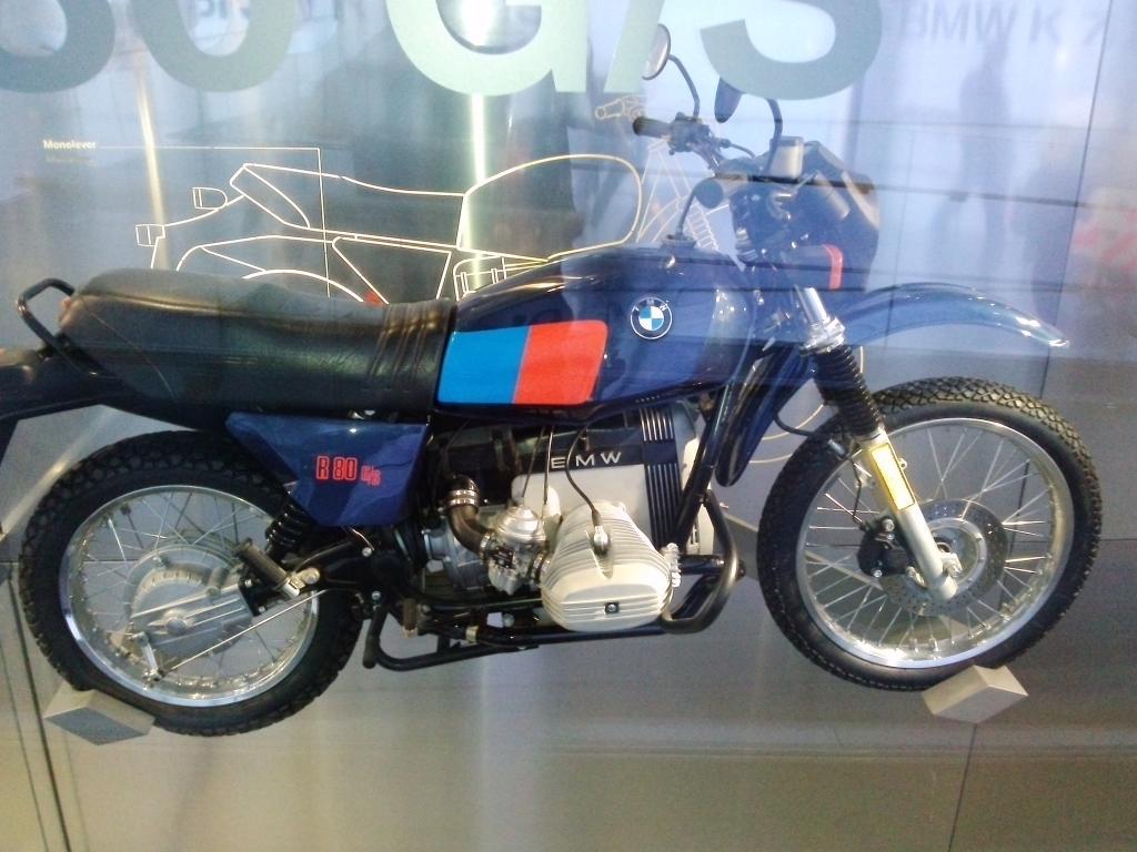 O Mundo e o Museu da BMW CAM01134_zpsedbfdd47