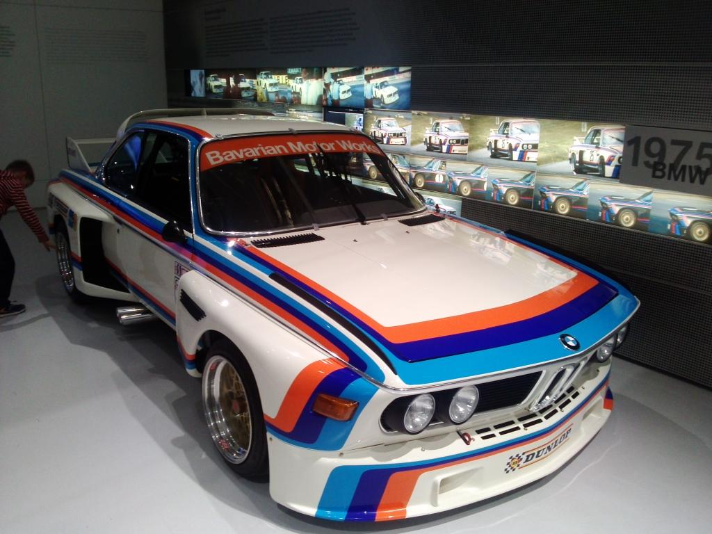 O Mundo e o Museu da BMW CAM01147_zpse117db43