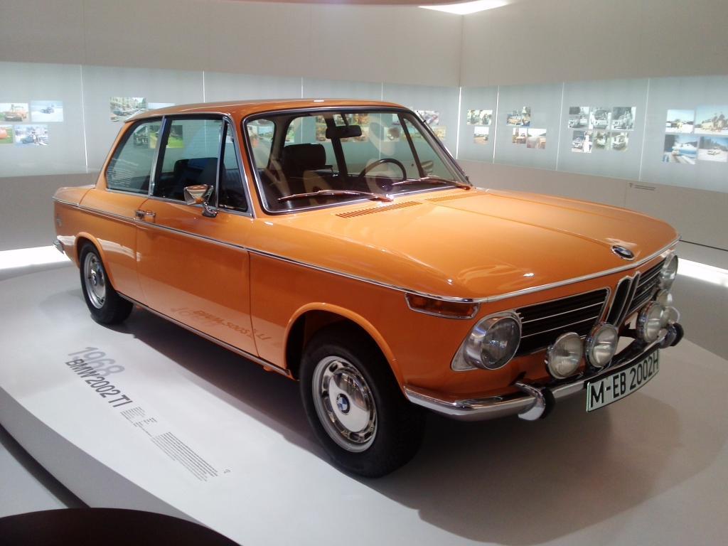 O Mundo e o Museu da BMW CAM01178_zpsd2a9f556