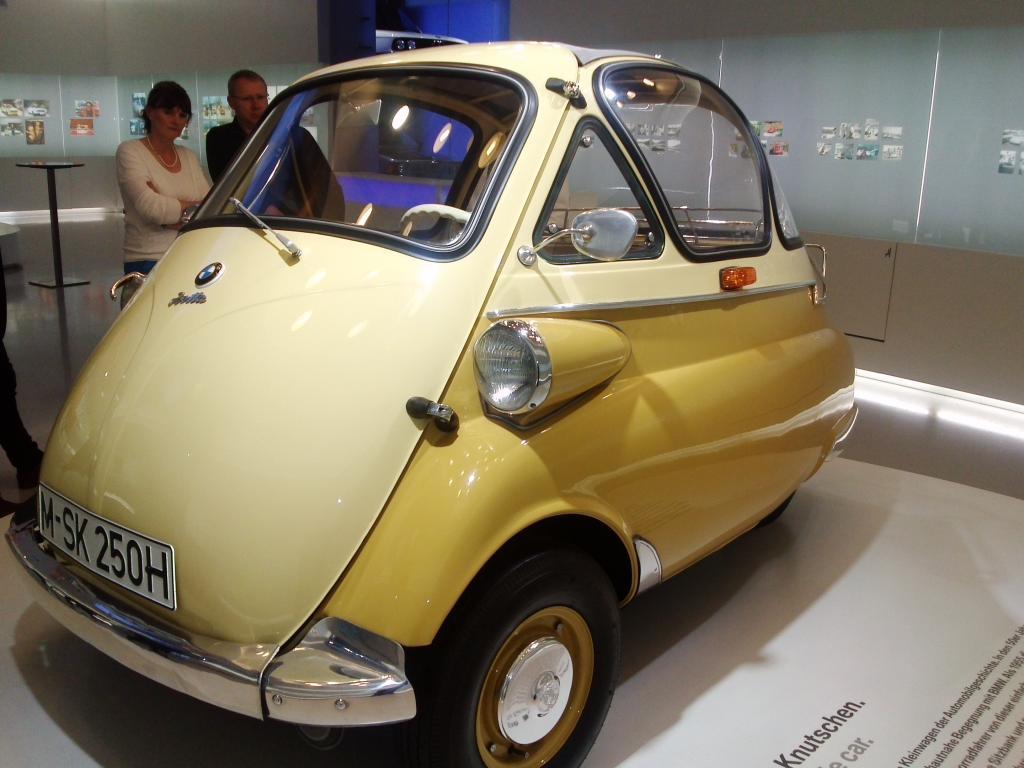 O Mundo e o Museu da BMW CAM01182_zpsab42c405