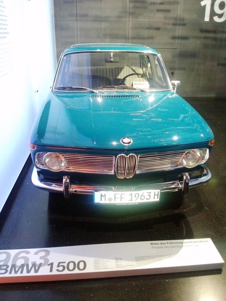 O Mundo e o Museu da BMW CAM01196_zps7c967f4f