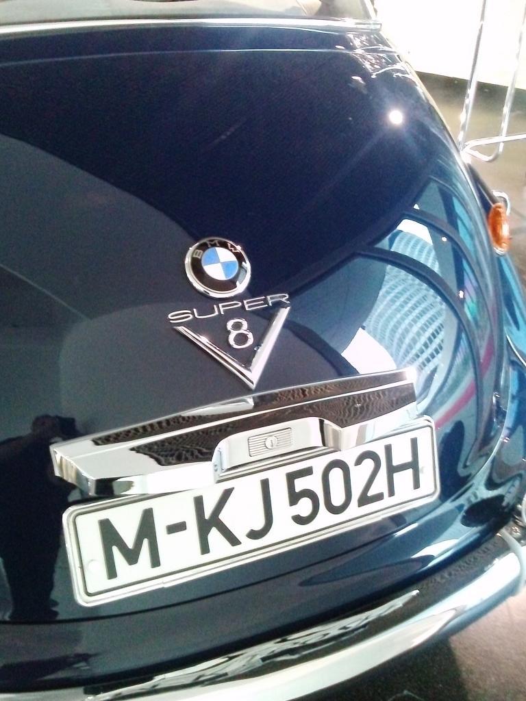 O Mundo e o Museu da BMW CAM01259_zpsf2124f94