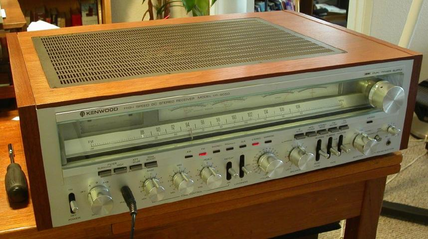 Monster receivers KenwoodKR-9050MonsterReceiver-005_zpsb078e476