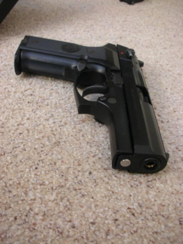 Pistols/Side Arms DSCN0798