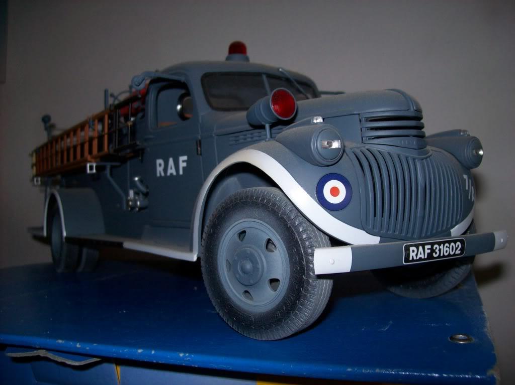 ... l'autocarro in guerra. Case021