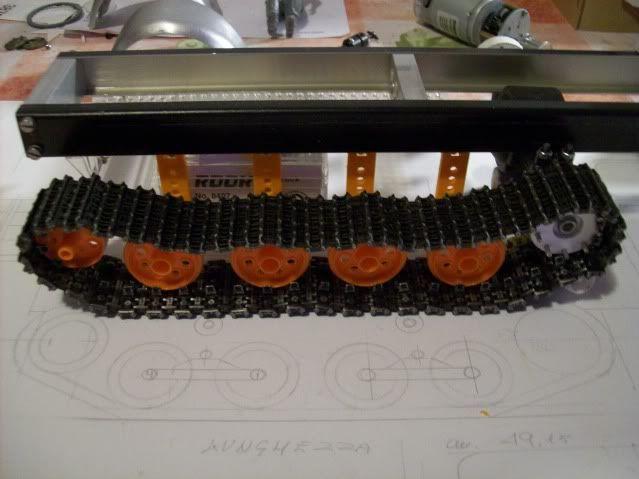 Prototipare fa bene .... - Pagina 2 Mercedes-Benz019-2