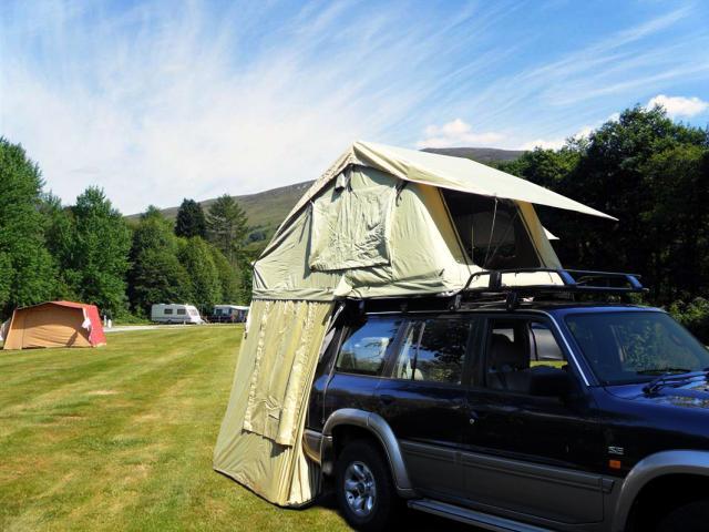 Roof tents 7094258_orig_zps6c269a1a
