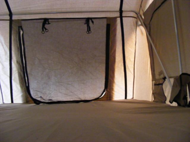 Roof tents DSCF9228_zpscf299686