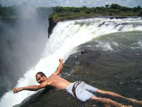 kolam renang setan di zimbabwe 5