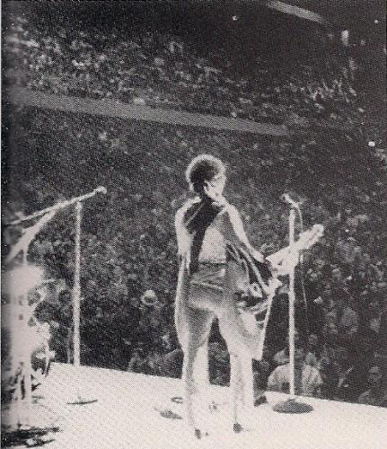 Boston (Boston Garden) : 27 juin 1970 151a9529e53fb5e1c5a88acae4aa9031
