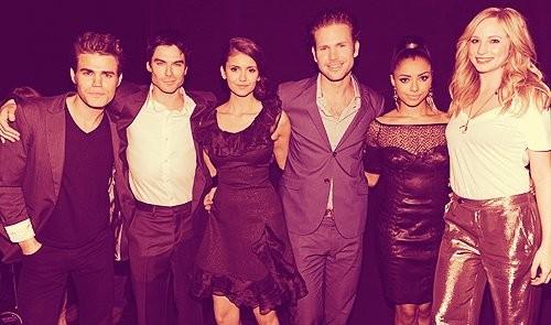 The Vampire Diaries /ვამპირის დღიურები #3 524f2f2e62aff29d2ab74d3d9d66dec9
