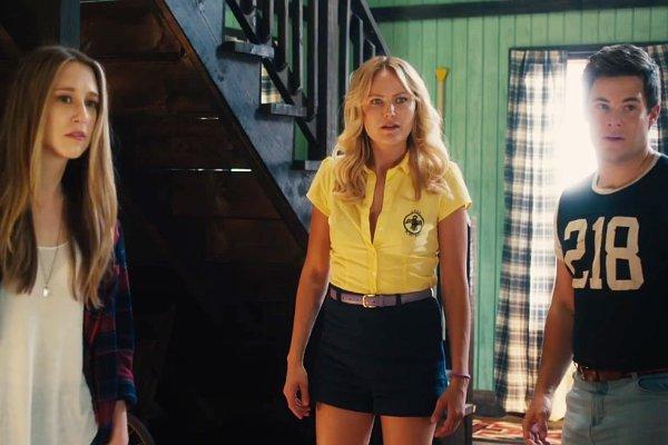 "Horror Movie of The Year - ""The Final Girls"" 55a7d456a4ec3c04275984ec93b696e3"