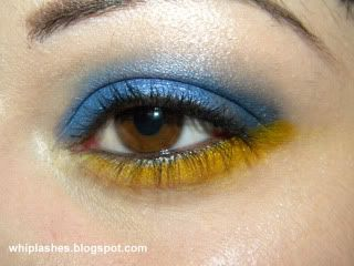playing around with primary colours June9eye1