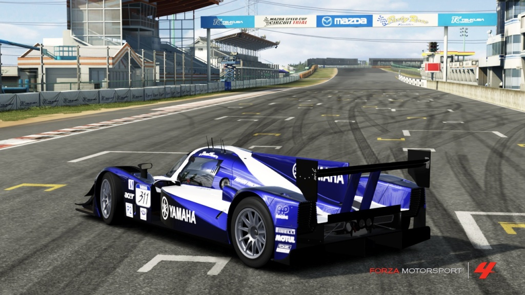 A guide on photography in Forza Motorsport 4 (and beyond) 33YAMAHA-1