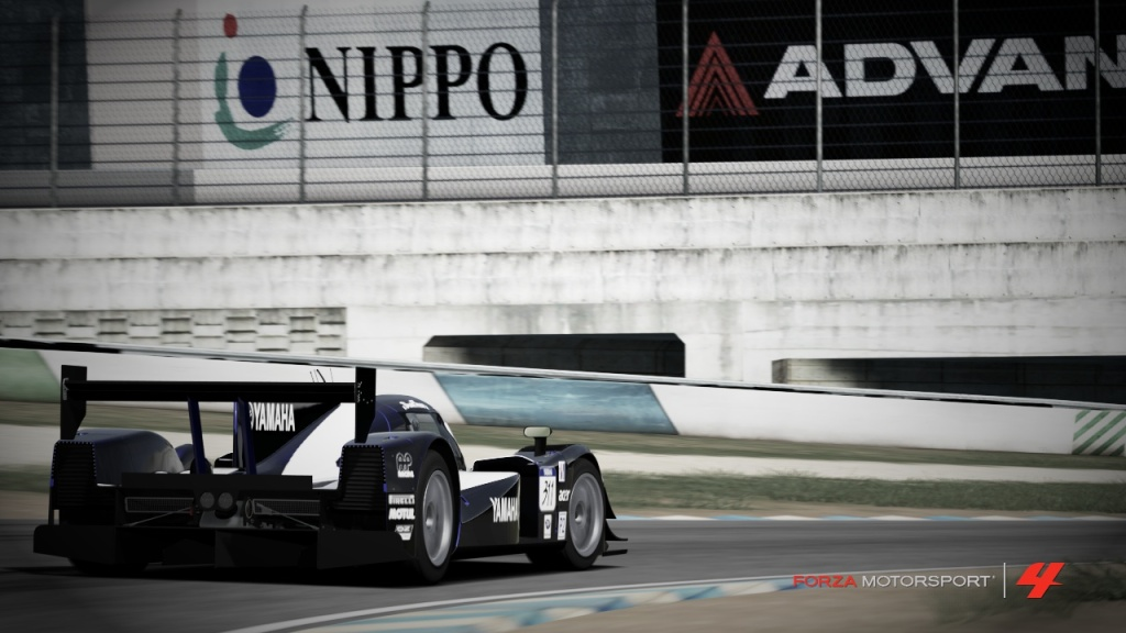 A guide on photography in Forza Motorsport 4 (and beyond) 33YAMAHA-3