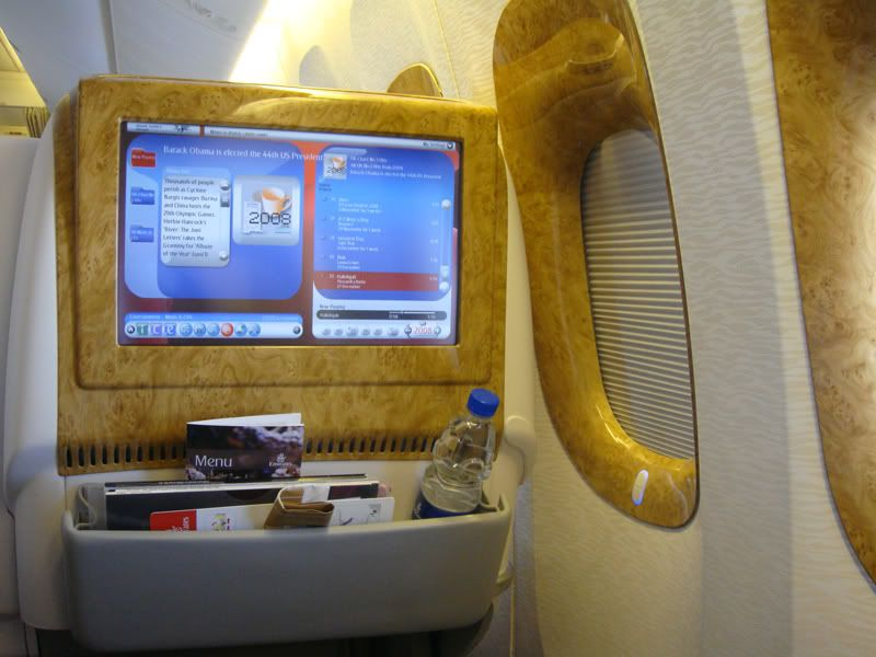 Emirates (EK / UAE) - Pagina 3 DSC00222