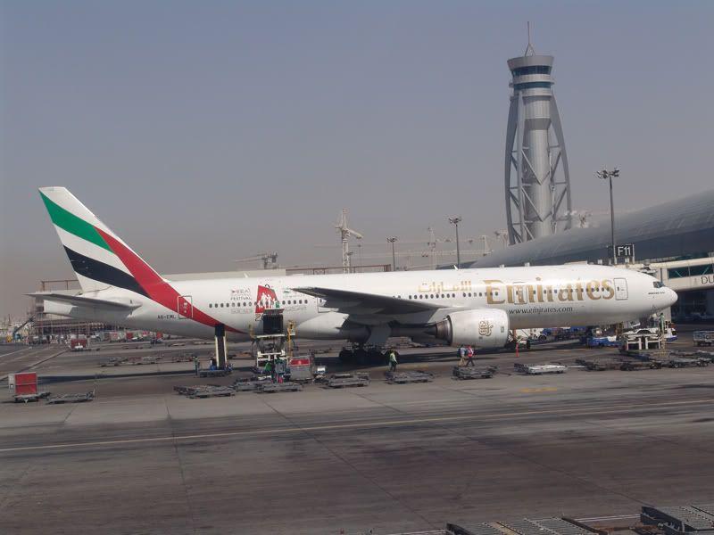 Emirates (EK / UAE) - Pagina 3 DSC02020