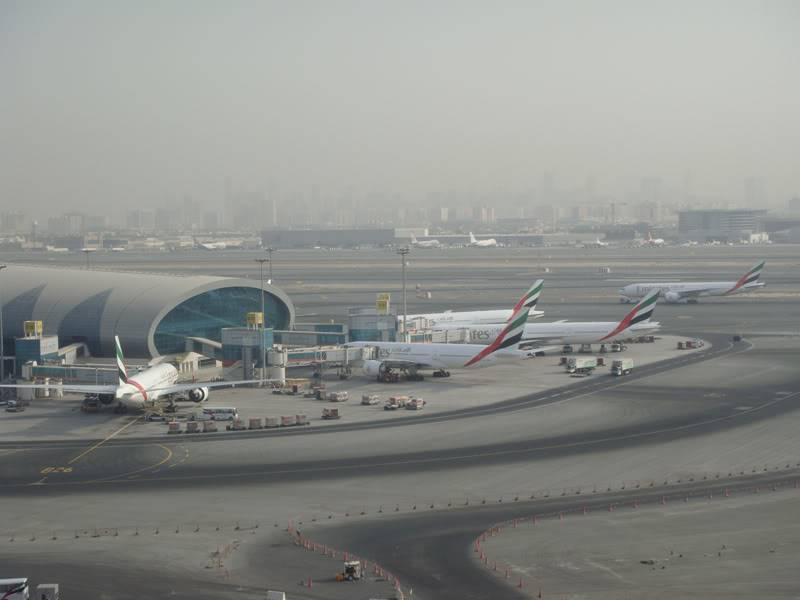 Emirates (EK / UAE) - Pagina 4 DSC03794