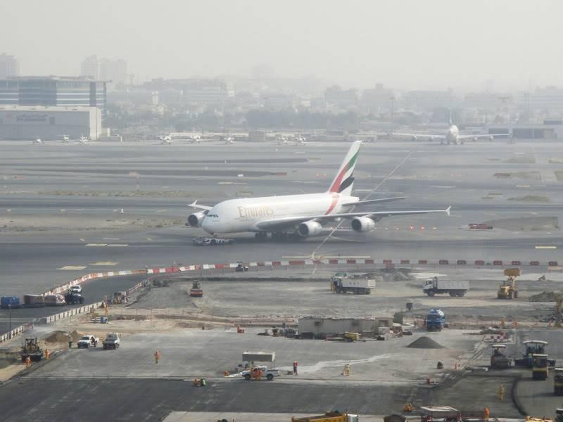 Emirates (EK / UAE) - Pagina 4 DSC03812