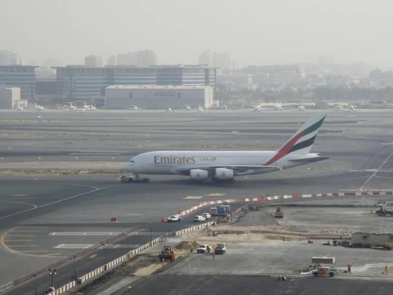 Emirates (EK / UAE) - Pagina 4 DSC03814