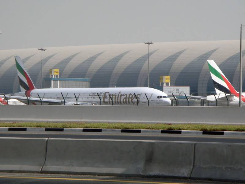 Emirates (EK / UAE) - Pagina 4 DSC03827