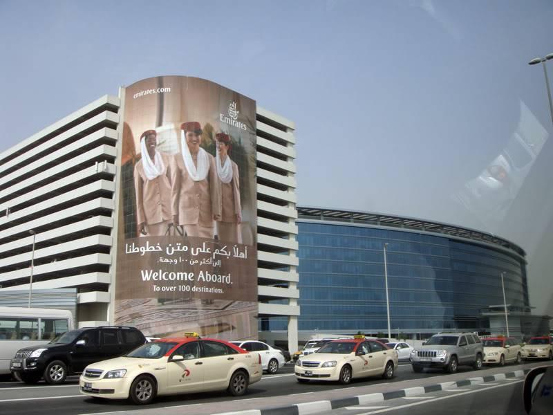 Emirates (EK / UAE) - Pagina 4 DSC03856