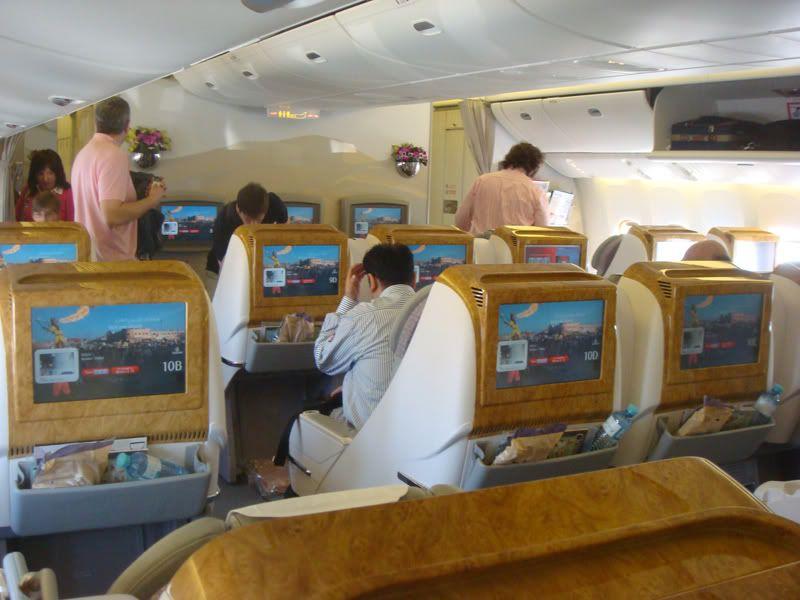 Emirates (EK / UAE) - Pagina 3 DSC07241