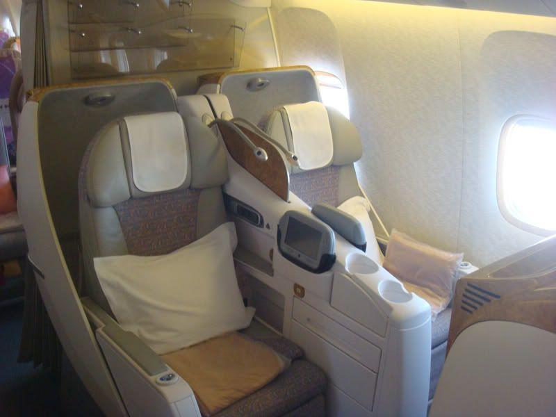 Emirates (EK / UAE) - Pagina 3 DSC07245