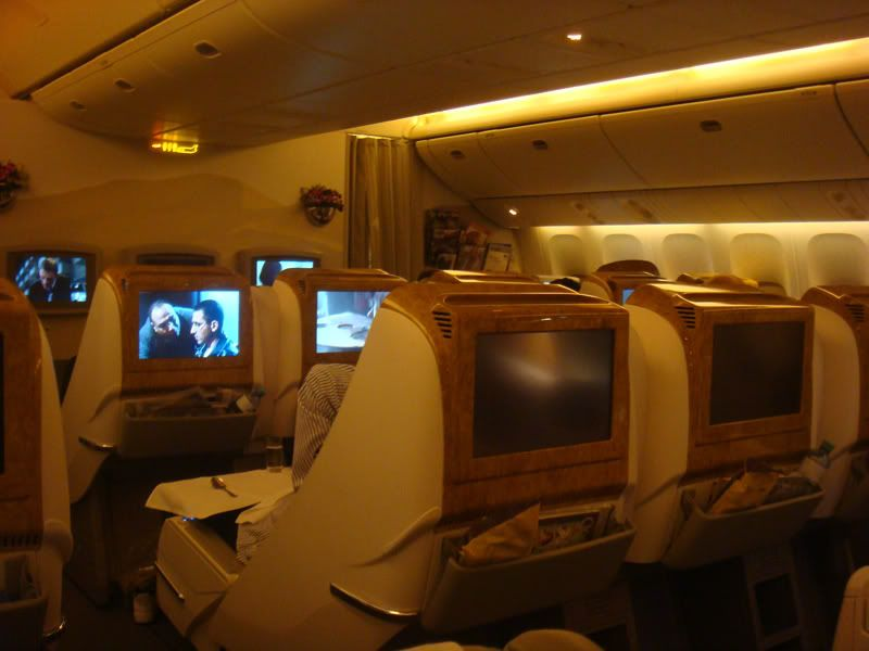 Emirates (EK / UAE) - Pagina 3 DSC07683