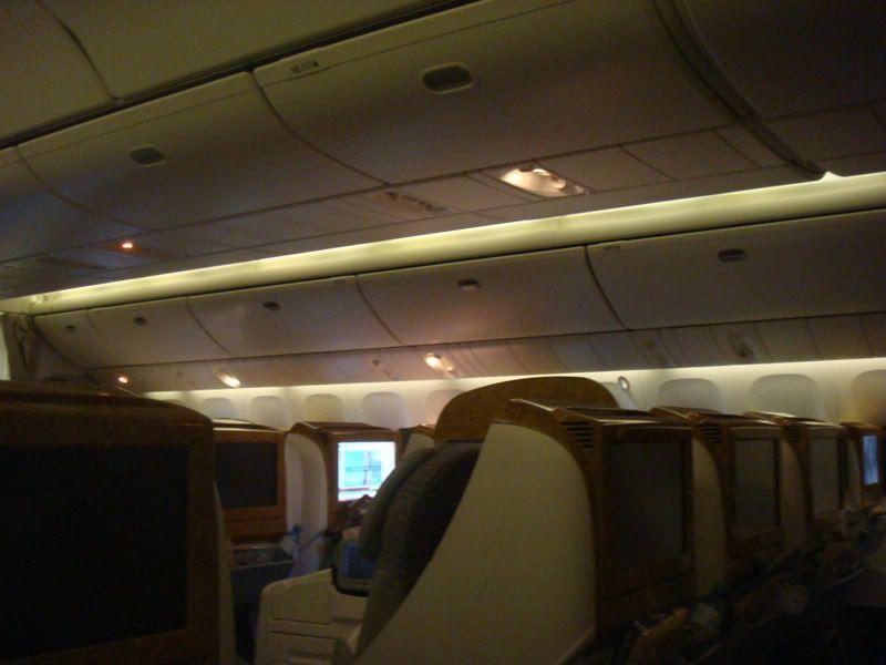 Emirates (EK / UAE) - Pagina 3 DSC07949