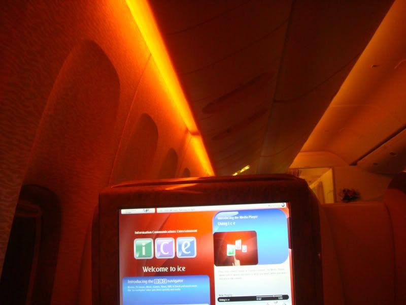 Emirates (EK / UAE) - Pagina 3 DSC07979