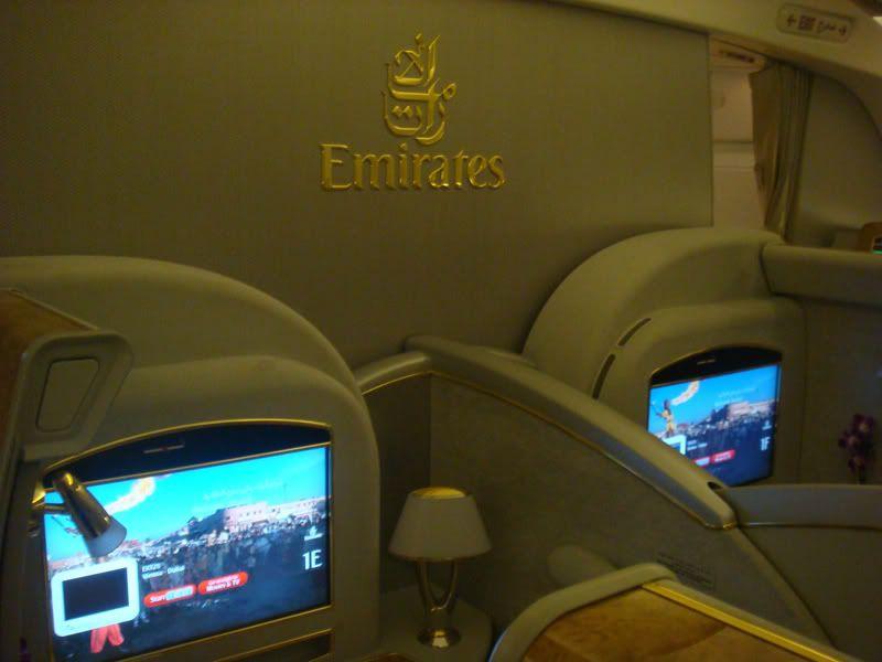 Emirates (EK / UAE) - Pagina 3 DSC08013