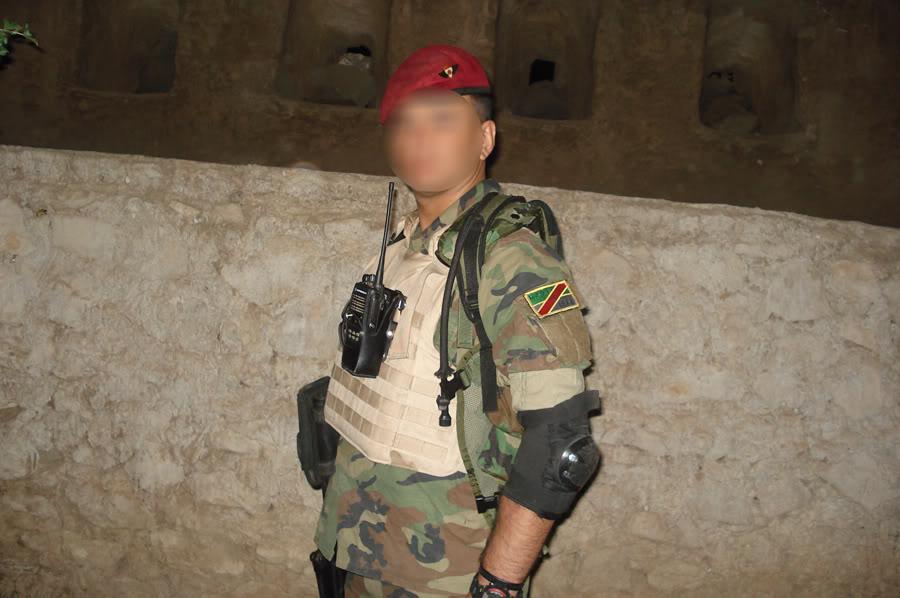 تجهيزات و ملابس الجندي العراقي DSC025971