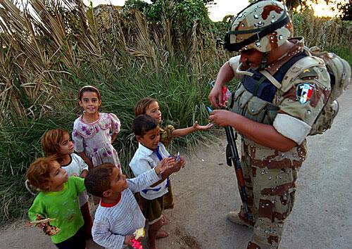 تجهيزات و ملابس الجندي العراقي Zcu8
