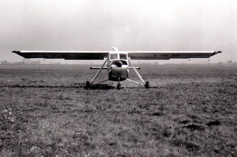 IAR-824 Albumtata23IS-24