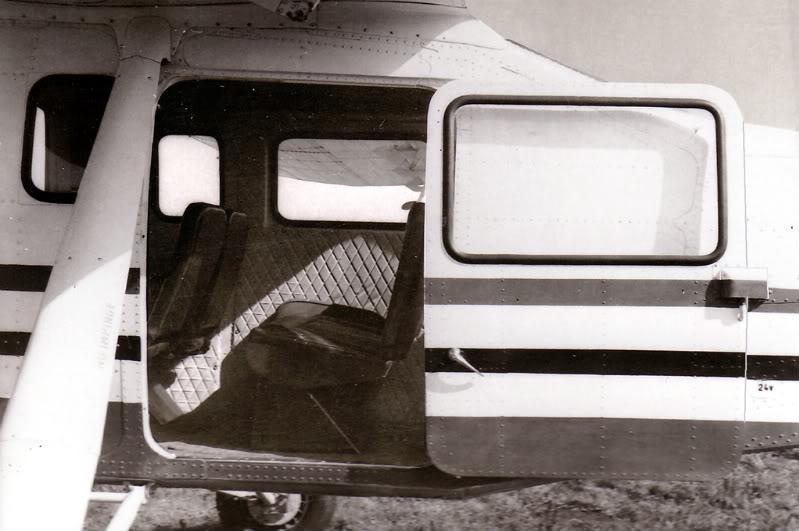 IAR-824 Albumtata26IS-24