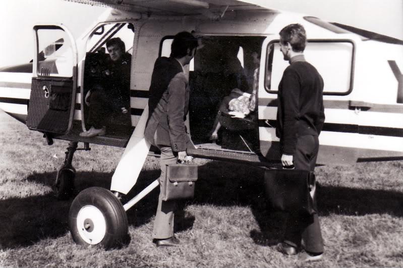 IAR-824 Albumtata27IS-24