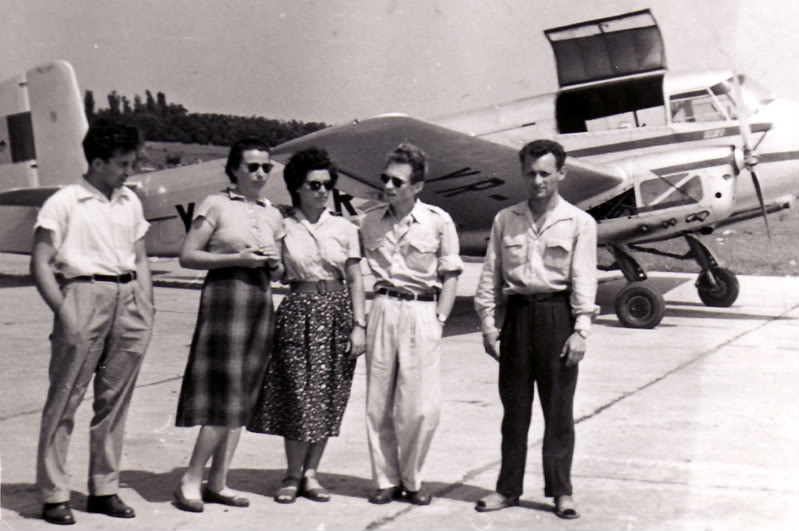 Aeronave si Aeroporturi in Romania - Din Trecut pana in Prezent - Pagina 2 Albumtata32