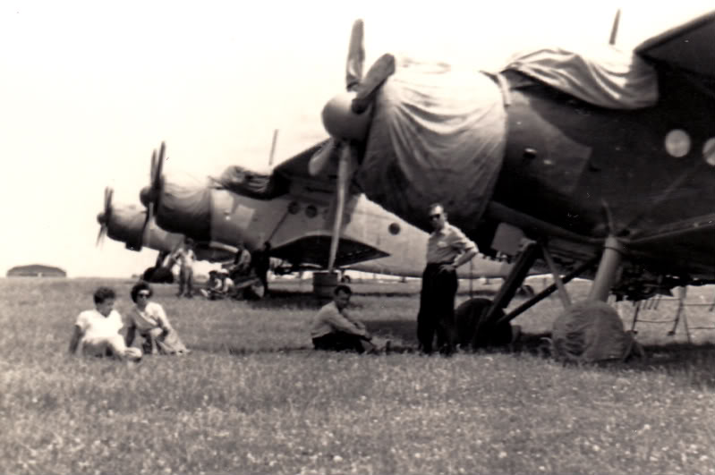 Aeronave si Aeroporturi in Romania - Din Trecut pana in Prezent - Pagina 2 Albumtata36