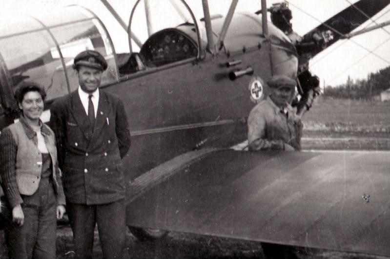 Aeronave si Aeroporturi in Romania - Din Trecut pana in Prezent - Pagina 2 Albumtata39
