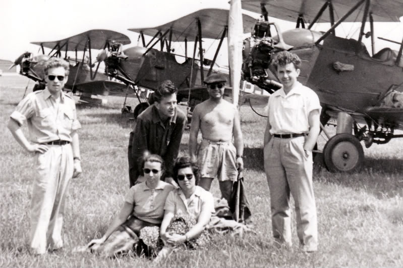 Aeronave si Aeroporturi in Romania - Din Trecut pana in Prezent - Pagina 2 Albumtata41