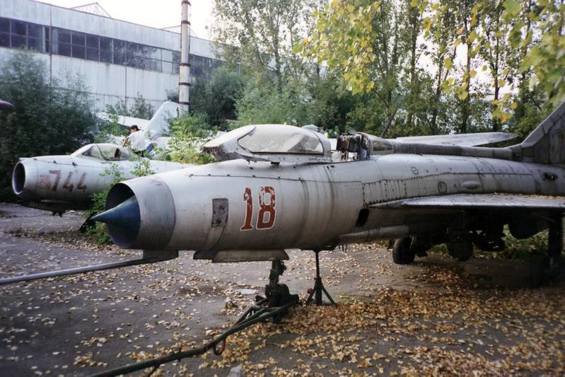 """Avioanele din Colegiul Tehnic de Aeronautica """"Henri Coanda"""" - Pagina 2 Liceuaviatie07"""