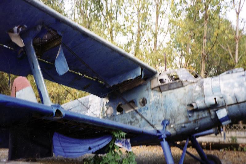 """Avioanele din Colegiul Tehnic de Aeronautica """"Henri Coanda"""" - Pagina 2 Liceuaviatie09"""
