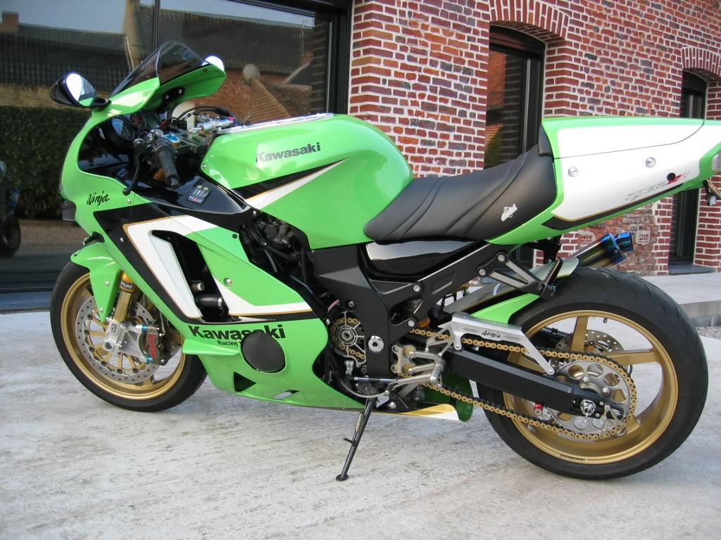 [Vendu] Kawasaki ZX12R 2000 'RR Spirit' IMG_4076