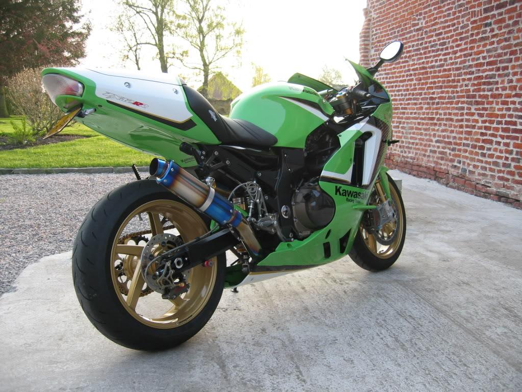 [Vendu] Kawasaki ZX12R 2000 'RR Spirit' IMG_4078