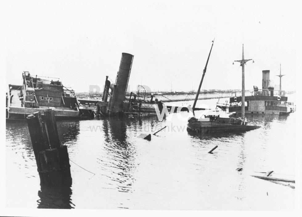 Blocage du port de Zeebrugge en mai 1940 - Page 2 81075-hi