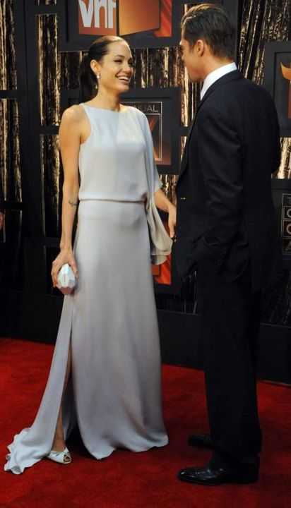 Brad and Angelina Movie Premieres  - Page 5 Critics-Choice-Awards-11